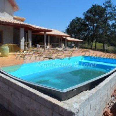 piscina de fibra mihara