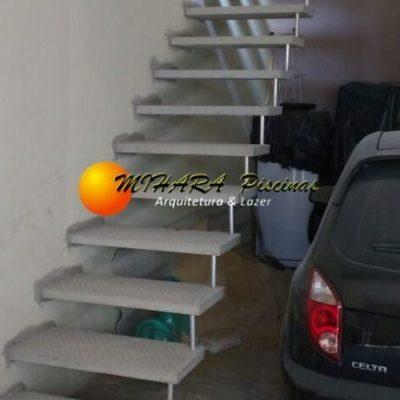 Escadas de Concreto na Zona Leste - Mihara